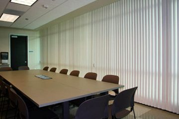 Những chú ý khi chọn rèm lá dọc cho văn phòng công sở
